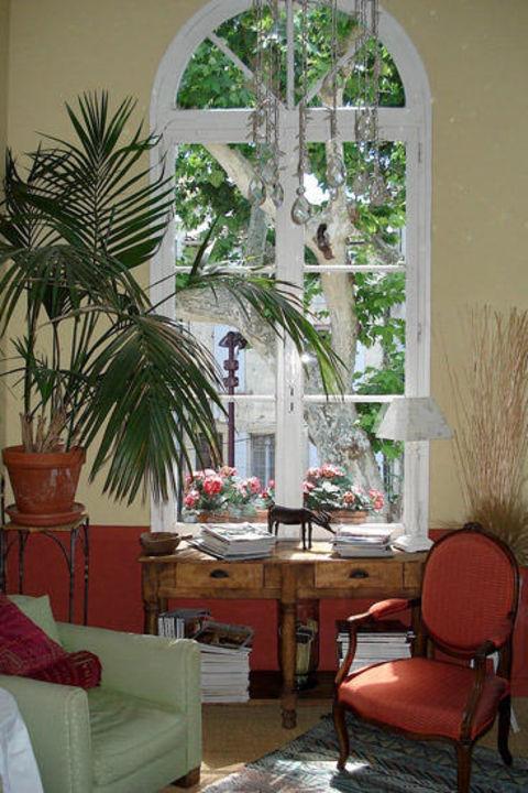 Petit salon donnant sur la terrasse\