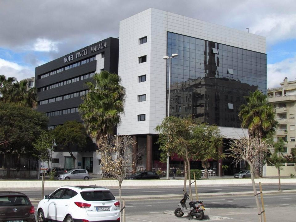 Street view Hotel Vincci Málaga