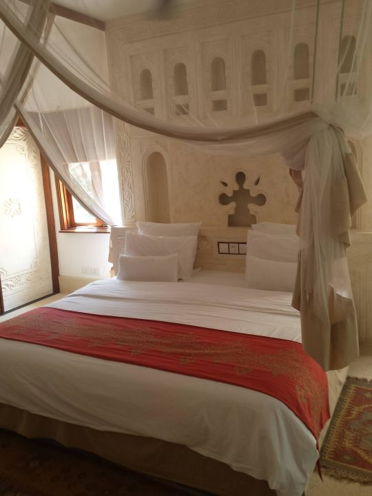 Bild bett zu swahili beach resort in diani beach for 2m mal 2m bett