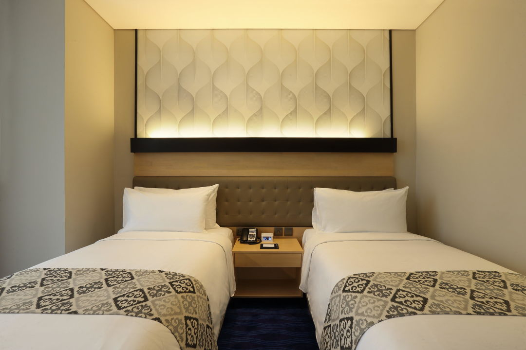 2 Single Beds Room with Free Breakfast and Wi-Fi Holiday Inn Express Jakarta Thamrin