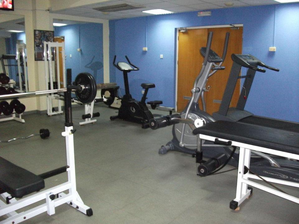fitnessraum im keller hotel nestor agia napa ayia napa holidaycheck s dzypern zypern. Black Bedroom Furniture Sets. Home Design Ideas