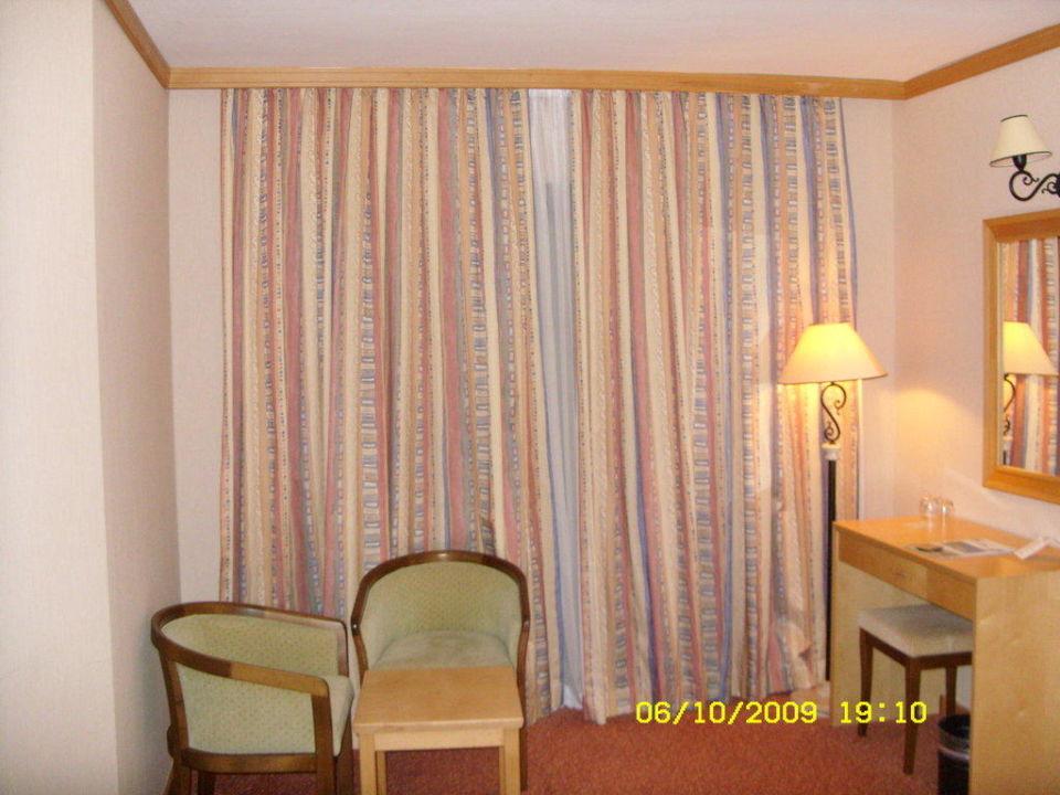Sehr geräumiges Schlafzimmer Hotel Alba Resort