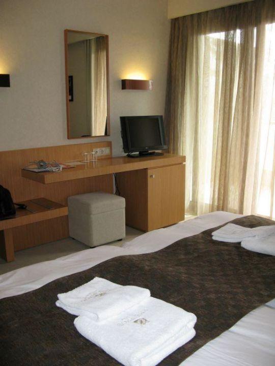 Zimmer Vom Bett Aus Gesehen Hotel Philippos Xenia Serres