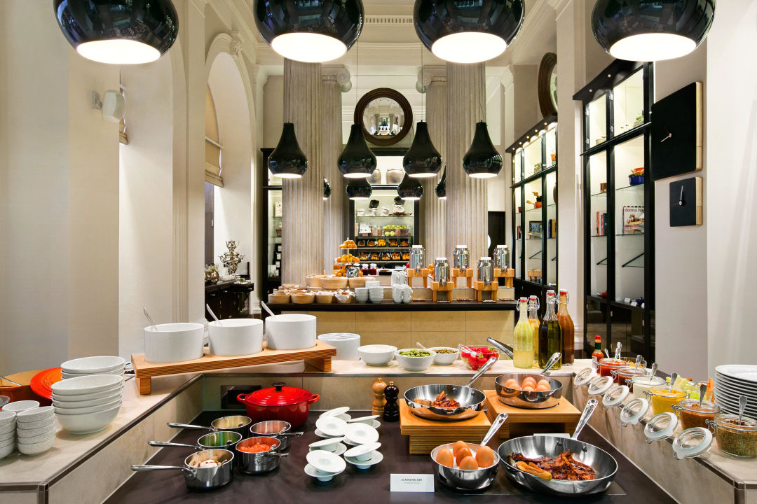 "Breakfast"" Hotel Palais Hansen Kempinski"