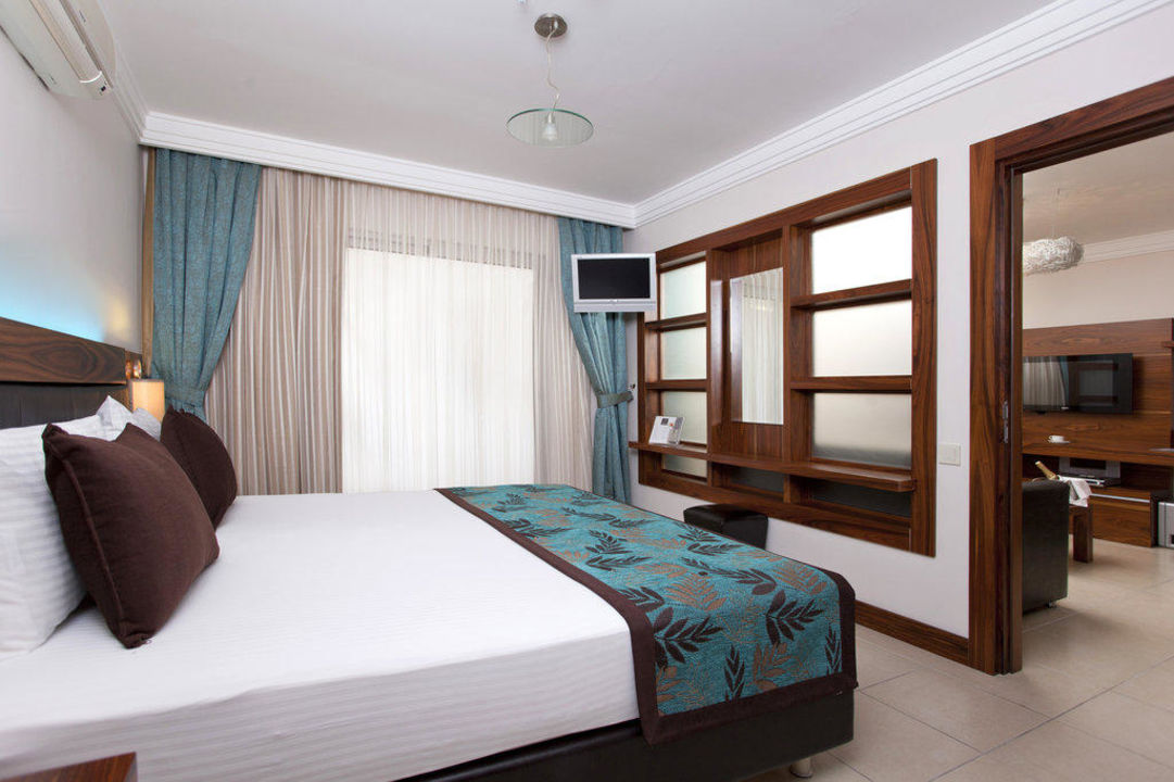 King Suite Xperia Grand Bali Hotel