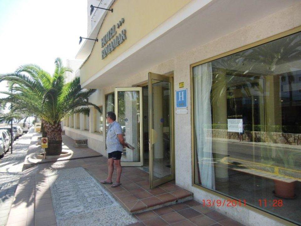 Haupteingang des Hotels Biniamar Hotel Biniamar