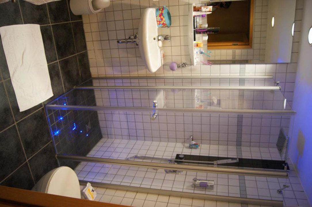 Tolles Badezimmer\