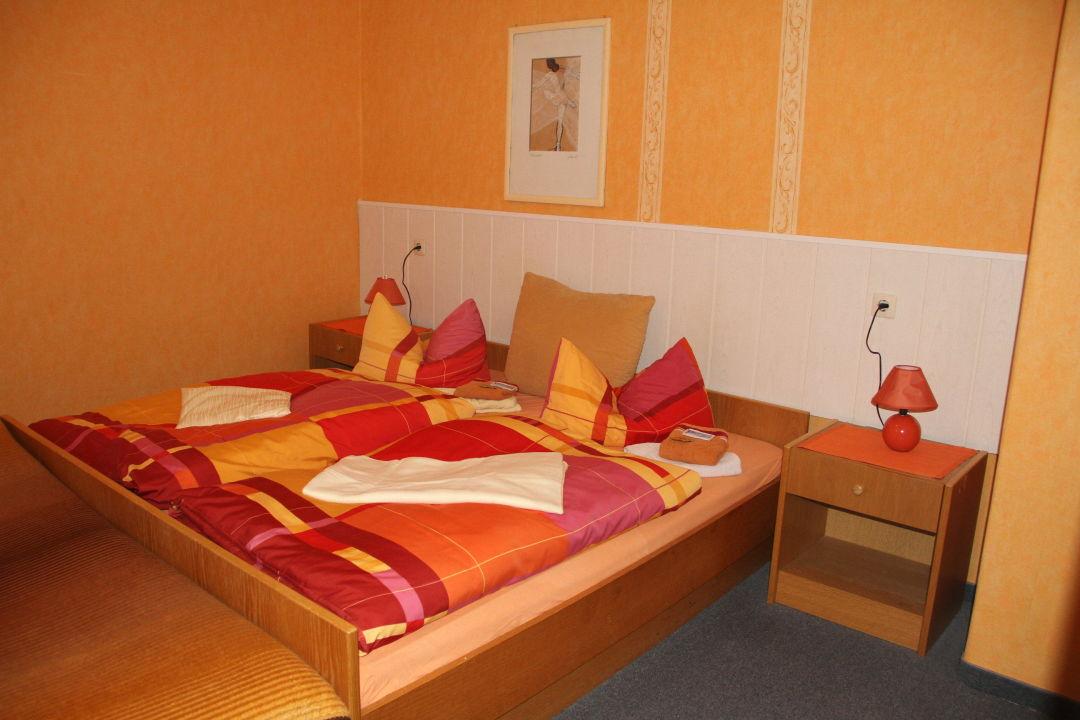 Ein Gästezimmer Gasthof Zum Brandenburger