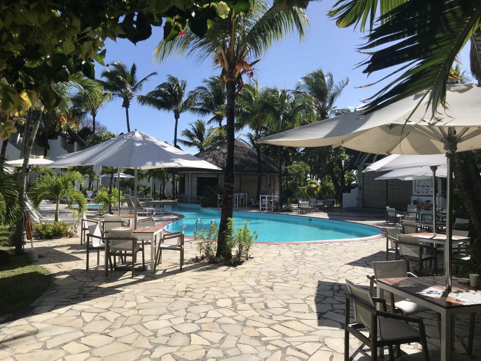 """Pool"" Veranda Palmar Beach Hotel (Belle Mare) • HolidayCheck (Mauritius Ostküste   Mauritius)"