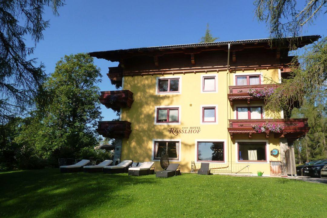 Außenansicht Hotel Rösslhof
