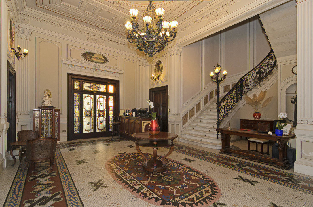 Reception Hotel Villa Tina