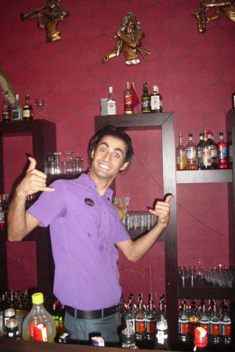 Bester Kellner im ganzen Hotel Siam Elegance Hotels & Spa