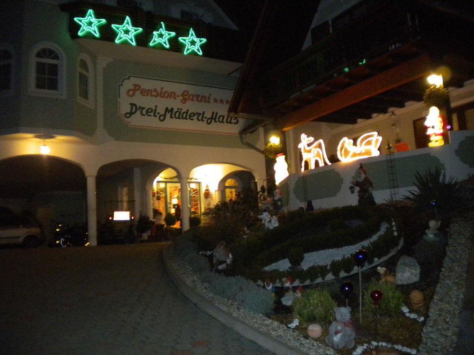 Advent Hotel Garni Drei-Mäderl-Haus