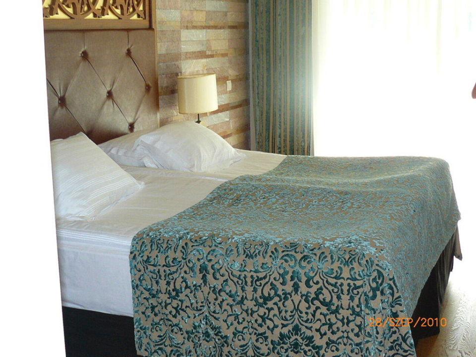 Room Melas Lara Hotel