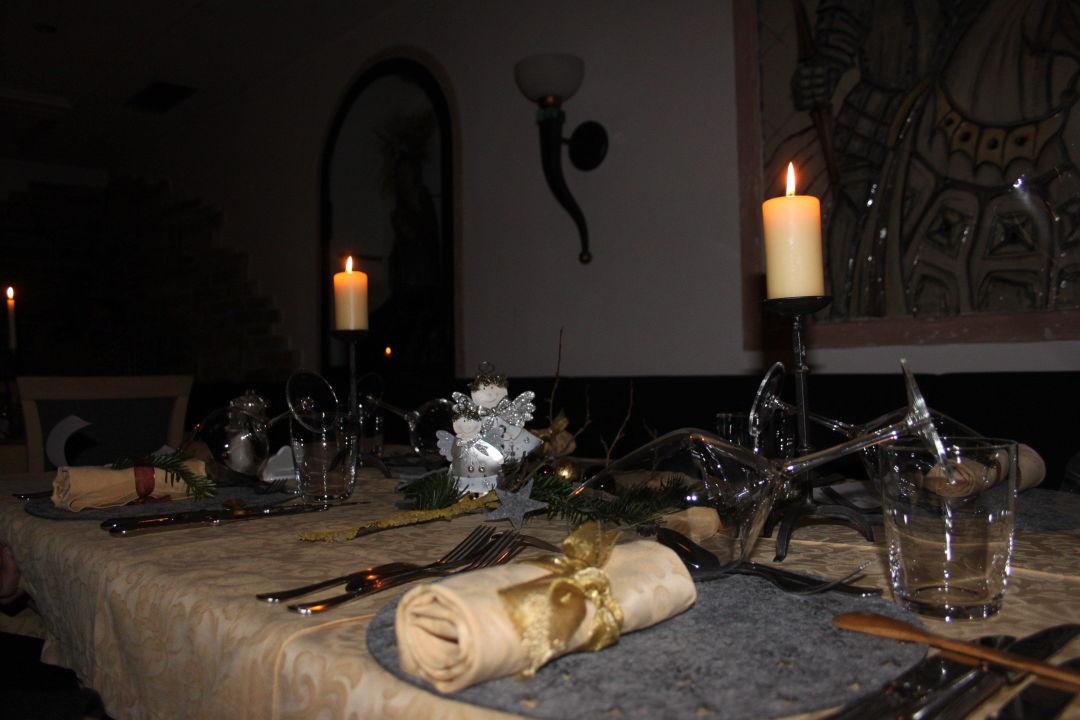 Tischdeko Weihnachten Hotel Ritterhof Castelrotto Kastelruth