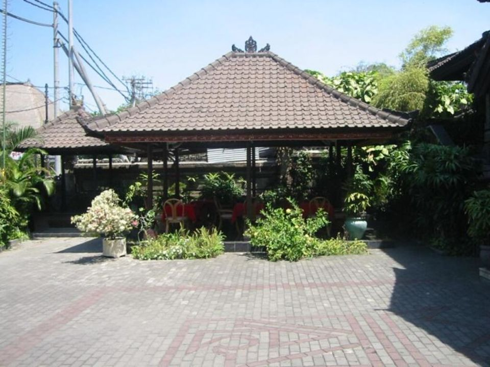 Ari Putri Restaurant Sanur Hotel Ari Putri