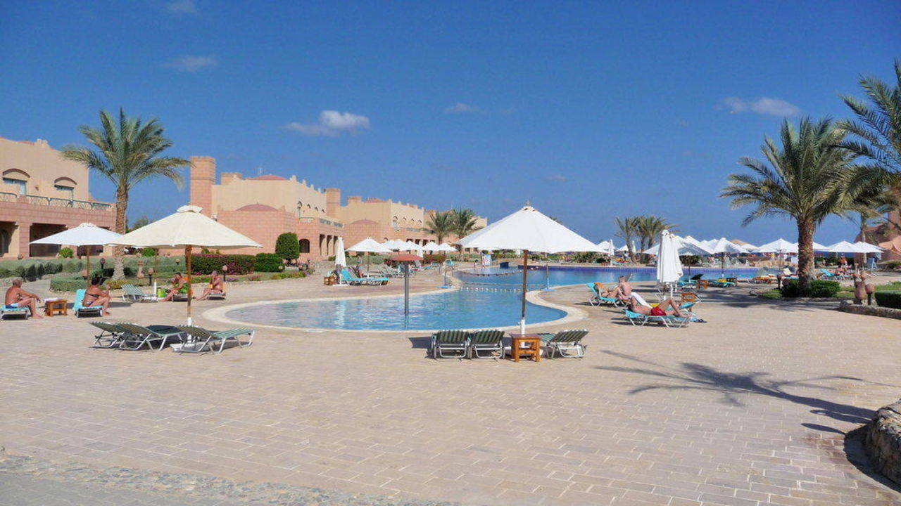 Pool Club Calimera Akassia Swiss Resort