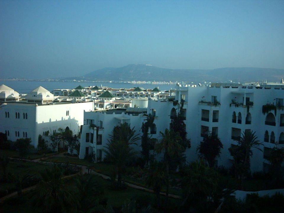 Blick auf dem Hafen Hotel Palais des Roses