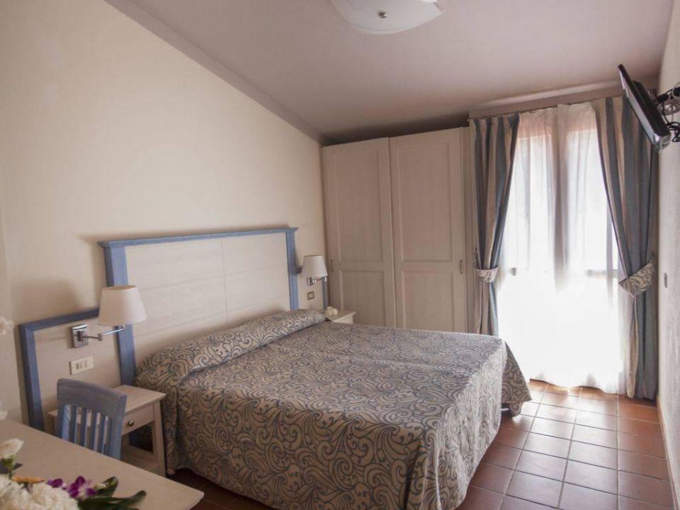 Zimmer Blu Hotel Laconia Village