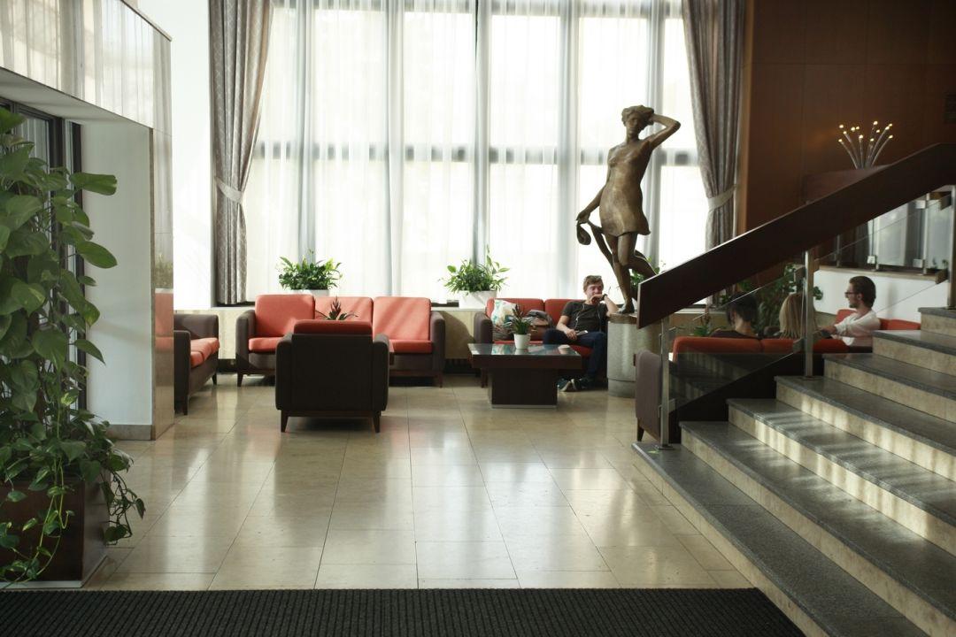 Lobby Hotel Krystal