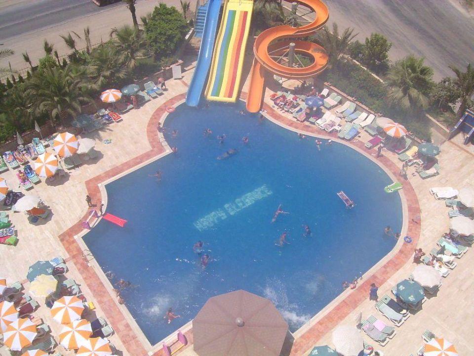 Hotel-Pool Hotel Happy Elegant