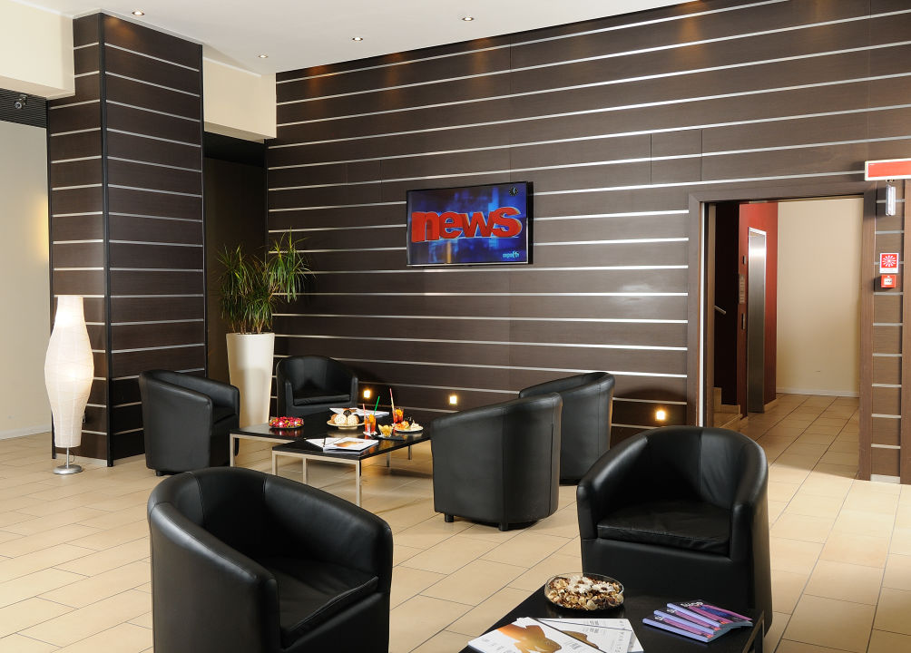 Lobby iH Hotels Milano Gioia