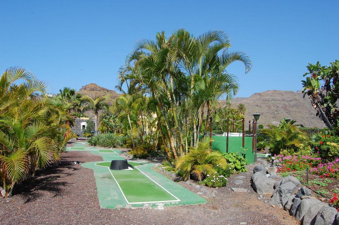 Minigolf hotel jardin tecina in playa de santiago for Jardin tecina