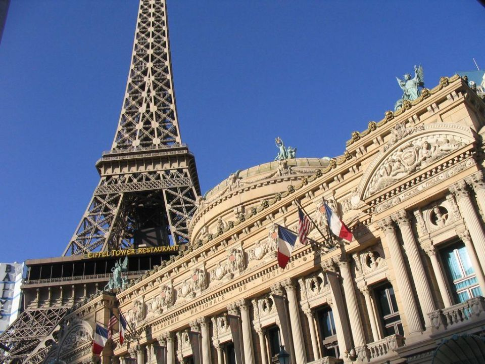 Hotel Paris   Juni