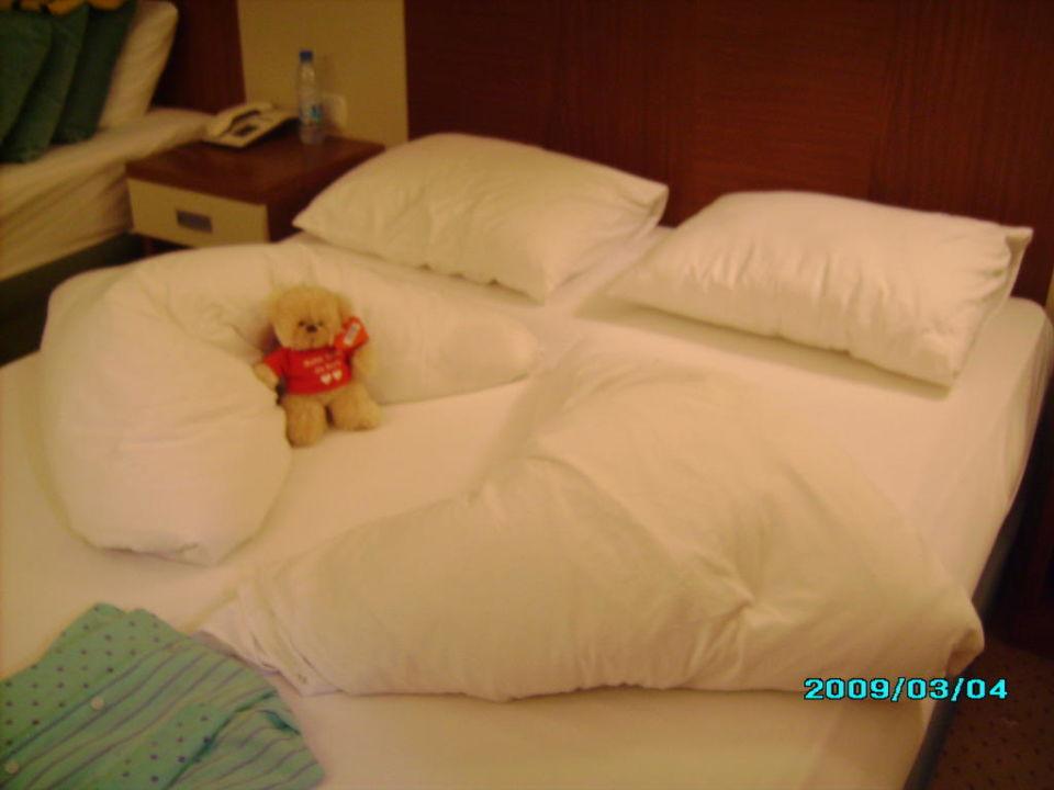So sieht das Bett oft aus Hotel Villa Side