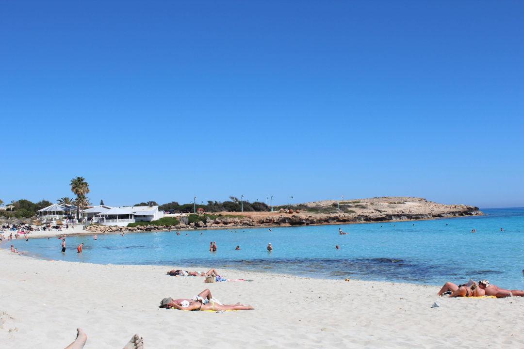 Wunderschoner Strand Vorm Hotel Atlantica Aeneas Resort Spa Agia