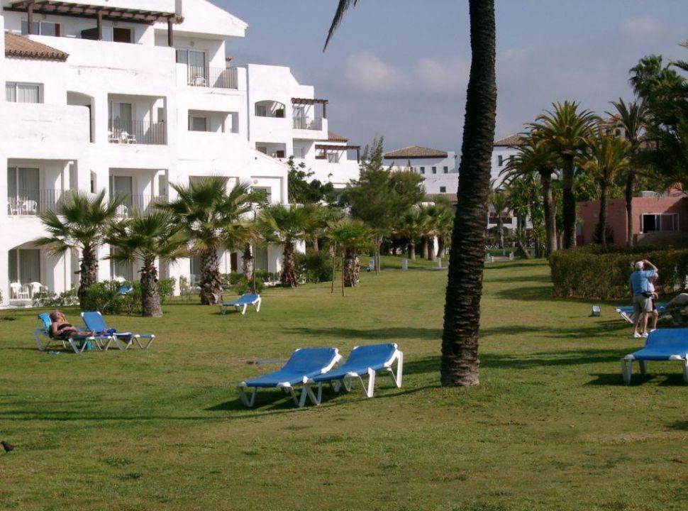 Garten mit Liegemöglichkeiten Hotel Ibersol Resort (Vorgänger-Hotel - existiert nicht mehr)
