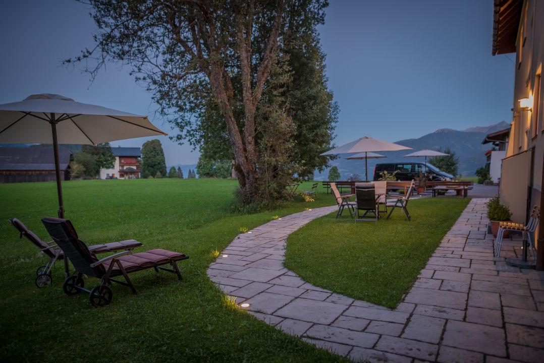 Gartenanlage Bio-Holzhaus & Landhaus Heimat