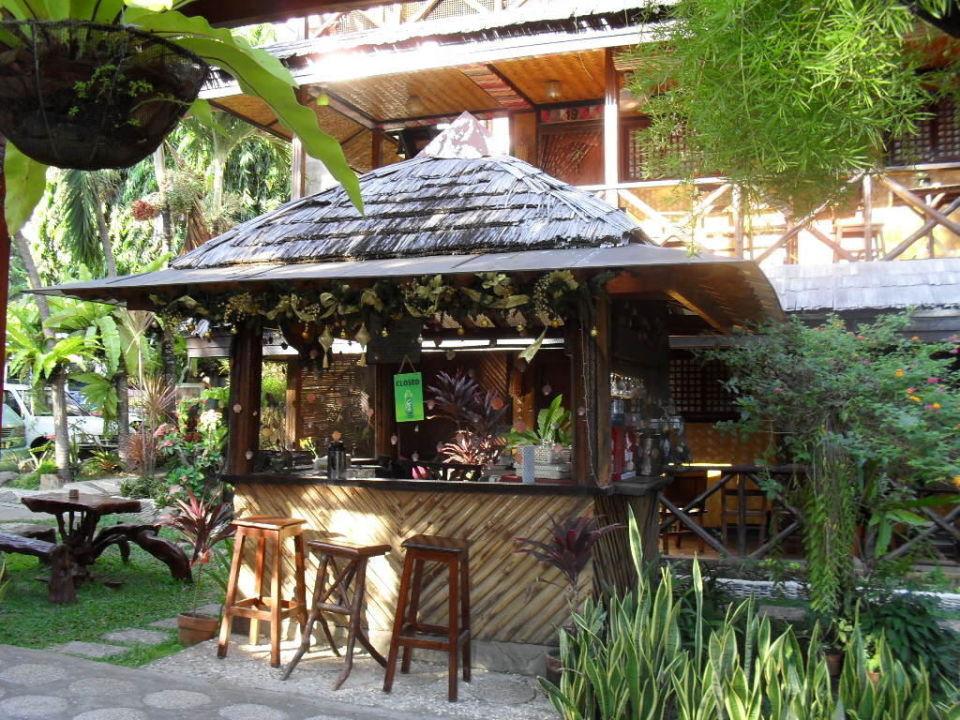 Garten Bar Im Grunen Puerto Pension B B Puerto Princesa