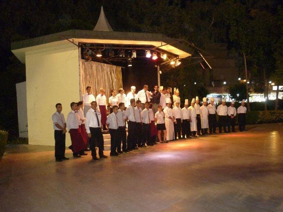 Bedankt allemaal. Maritim Hotel Saray Regency