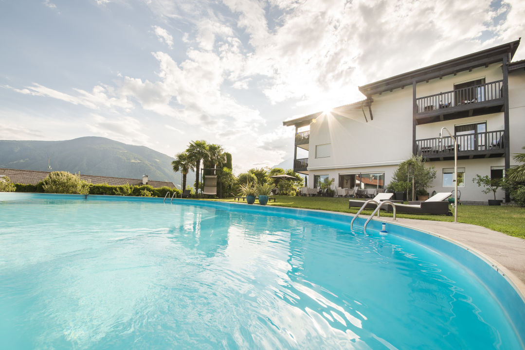 Pool Garni-Hotel Minigolf