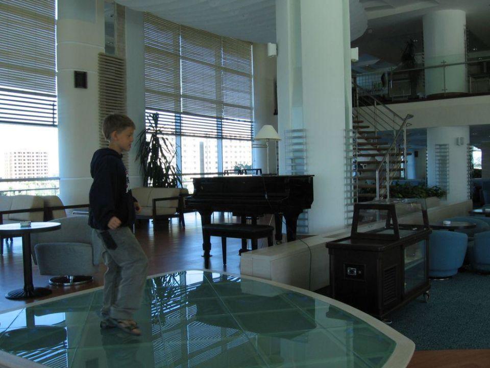 Blick in die Lobby-Bar Hotel Concorde De Luxe Resort