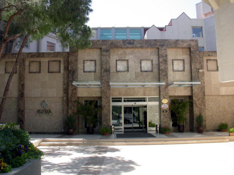 Eingang Arcanus Side Resort