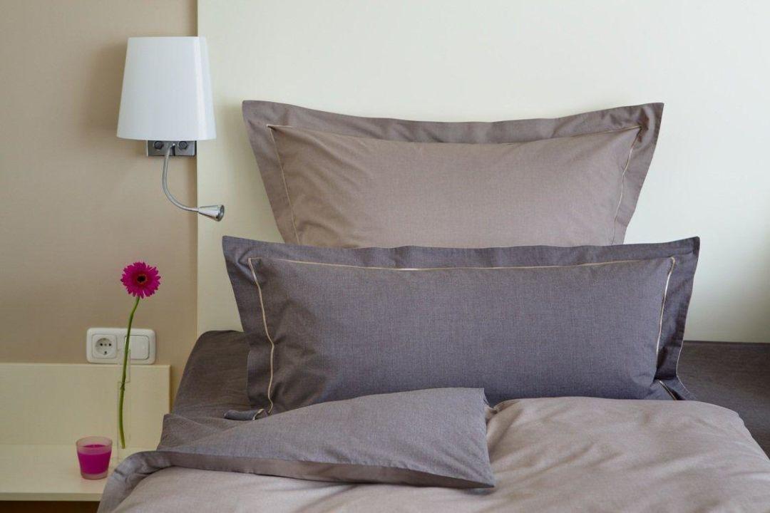 exklusive bettw sche my blog. Black Bedroom Furniture Sets. Home Design Ideas
