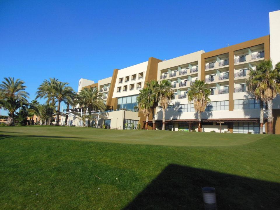Rückansicht mit Puttinggreen Hotel Valle del Este Golf Spa