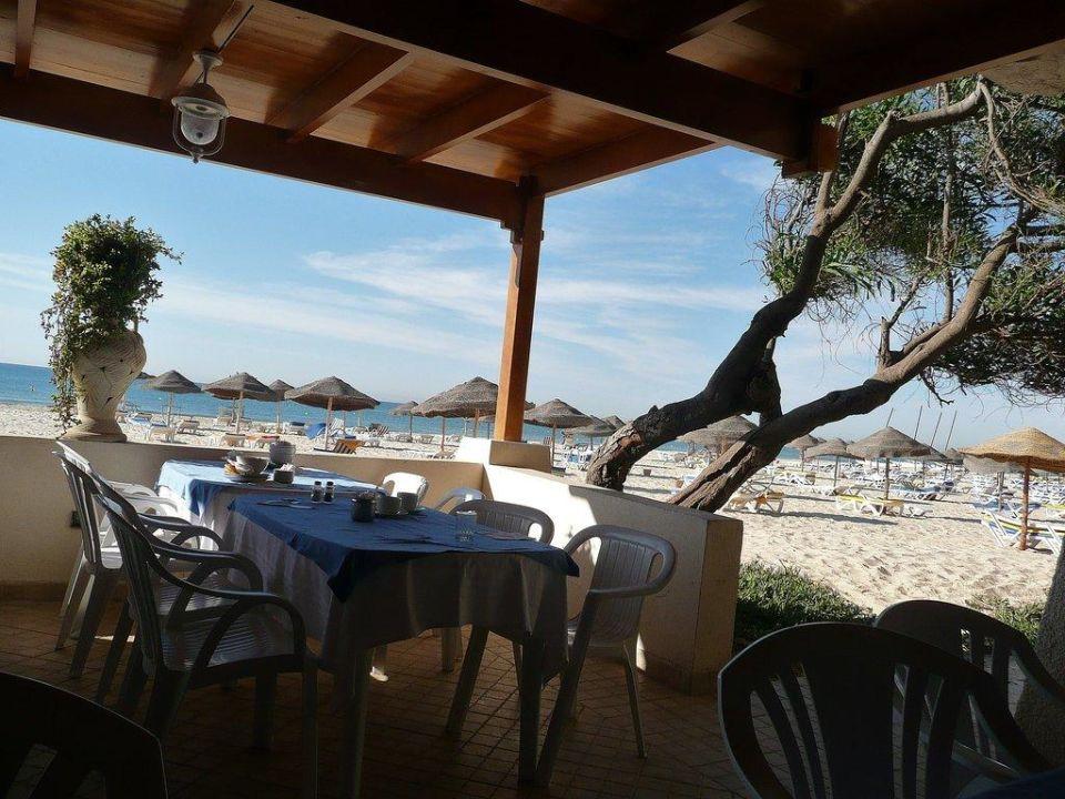 Vom Frühstück direkt an den Strand Club Lookea Salammbo