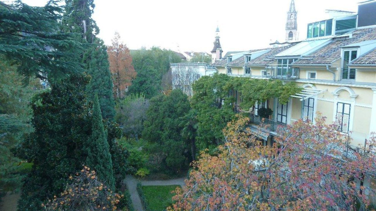Ausblick - Garten Parkhotel Laurin