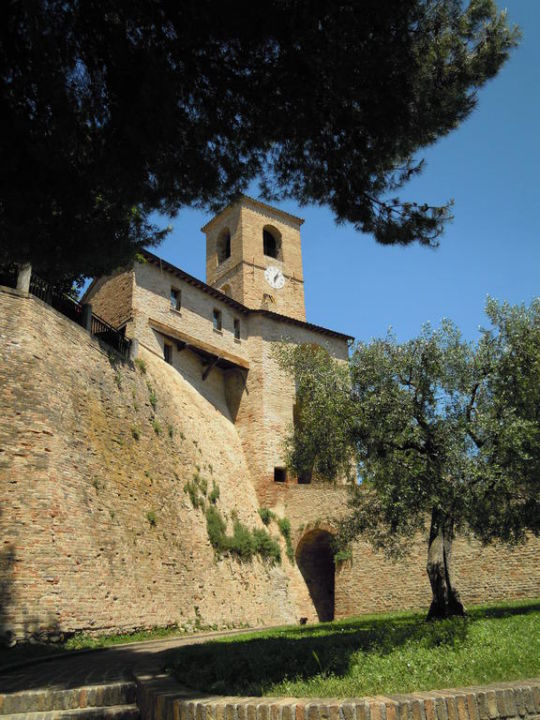 Südturm des Castellos Relais Palazzo Viviani - Montegridolfo