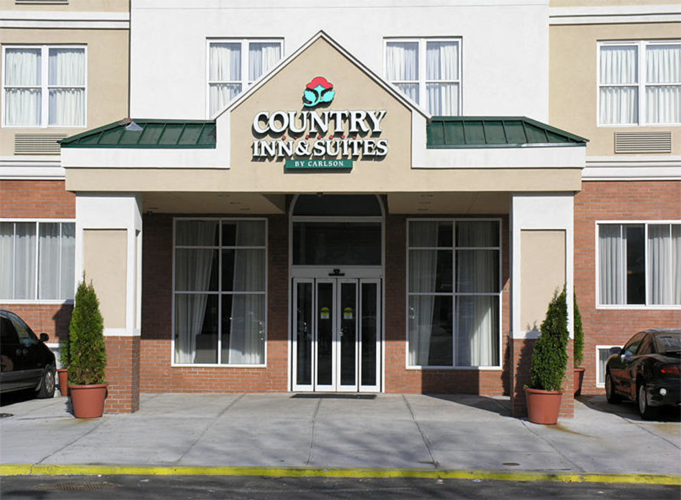 """Country Inn Suites By Carlson New York City In Queens: """"Der Eingang"""" Hotel Country Inn & Suites By Carlson New"""