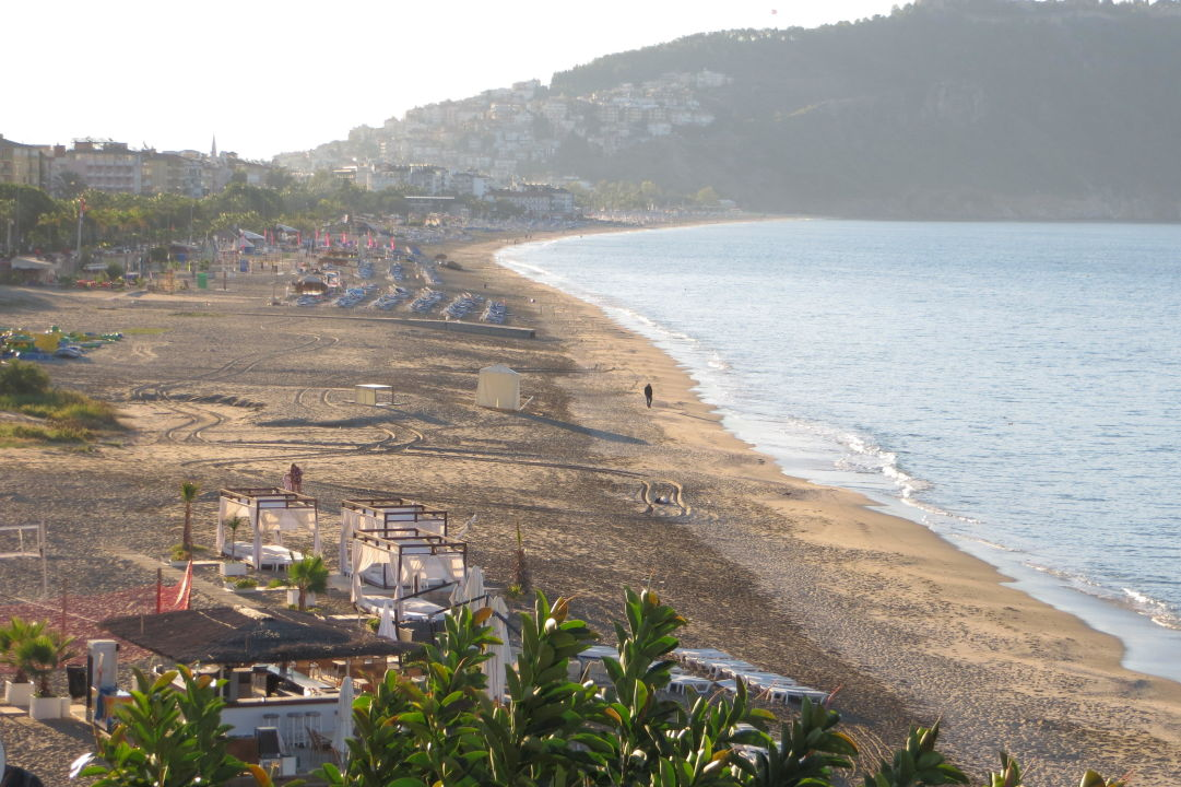 Ausblick Vom Balkon Links Auf Dkleopatra Strand Kleopatra Muz