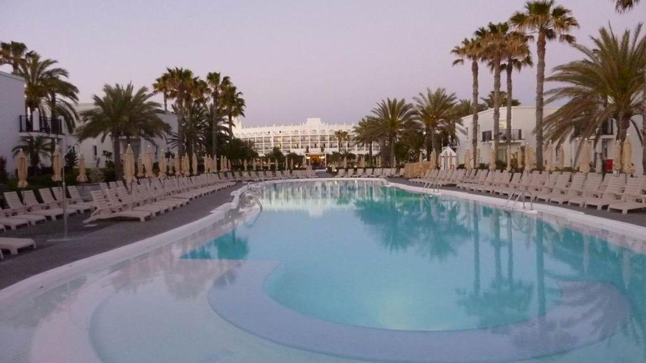 Pool Hotel Riu Palace Meloneras