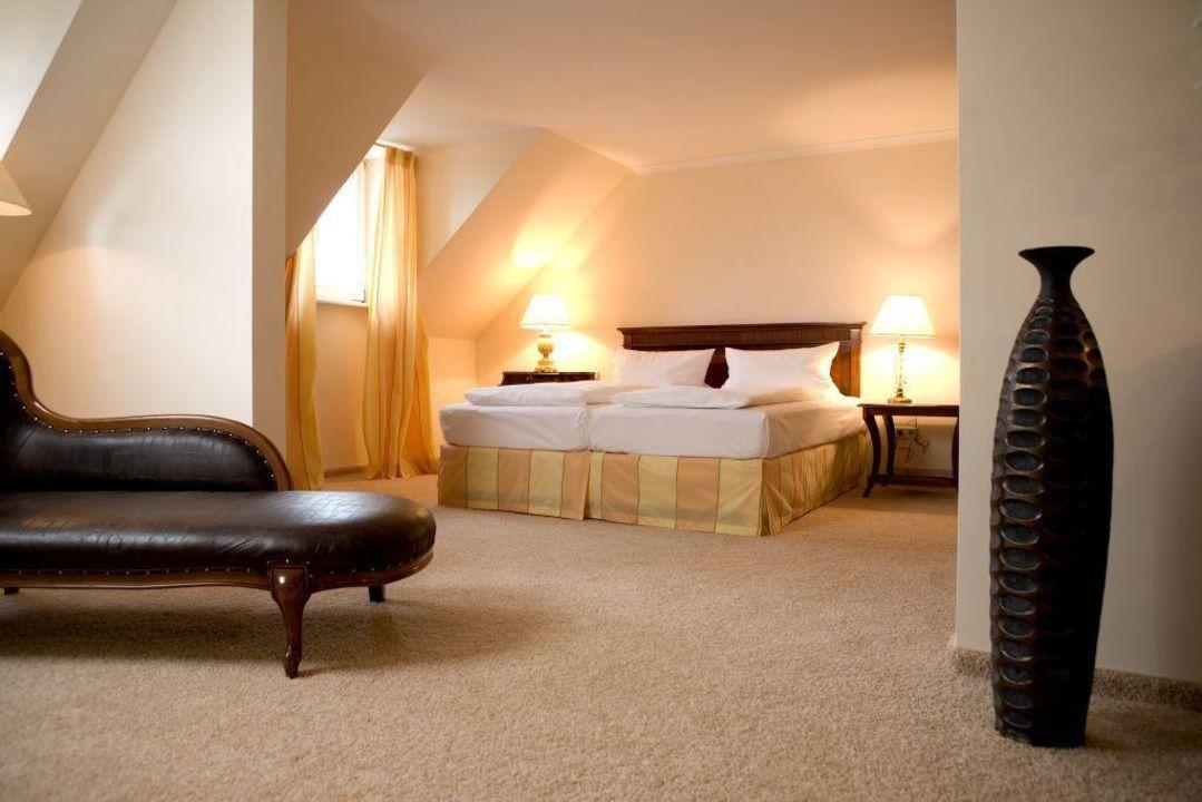 Suite Hotel Schloss Reinach