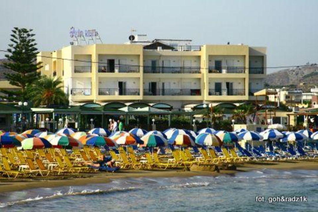 Widok na hotel Hotel Astir Beach