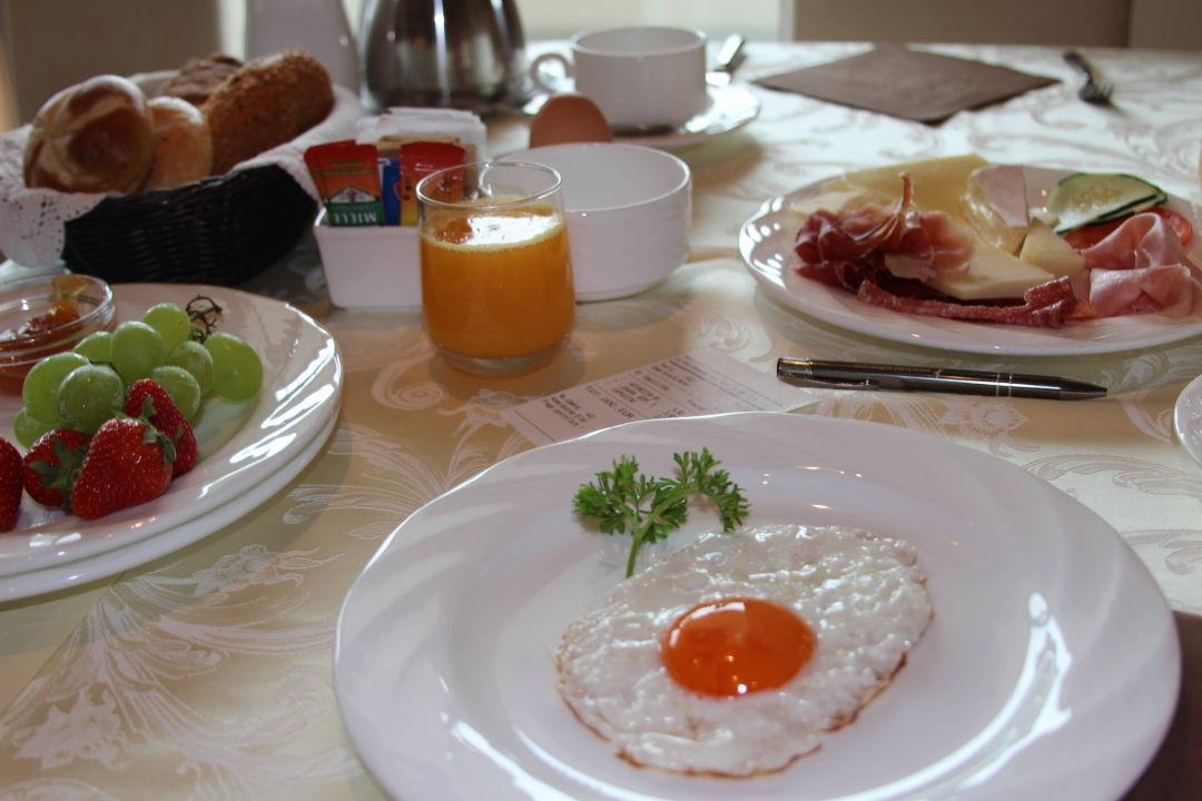 Frühstück Hotel Sulfner