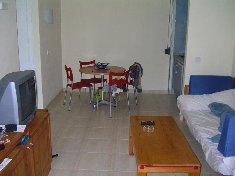 sauberes zimmer hotel thb tropical island playa blanca holidaycheck lanzarote spanien. Black Bedroom Furniture Sets. Home Design Ideas