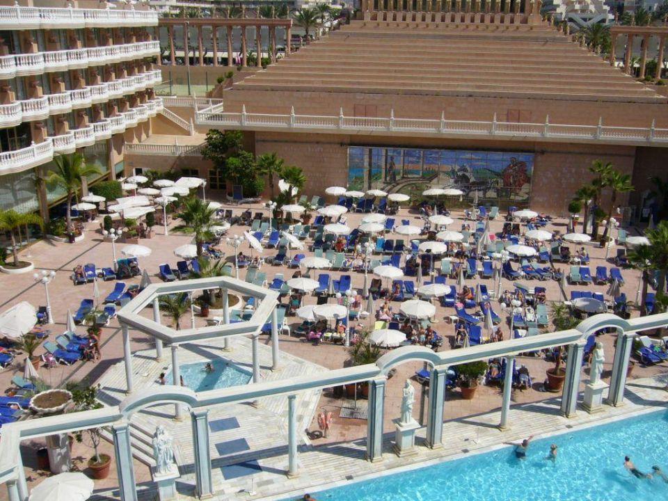 bild pool auf dem balkon zu hotel cleopatra palace in. Black Bedroom Furniture Sets. Home Design Ideas